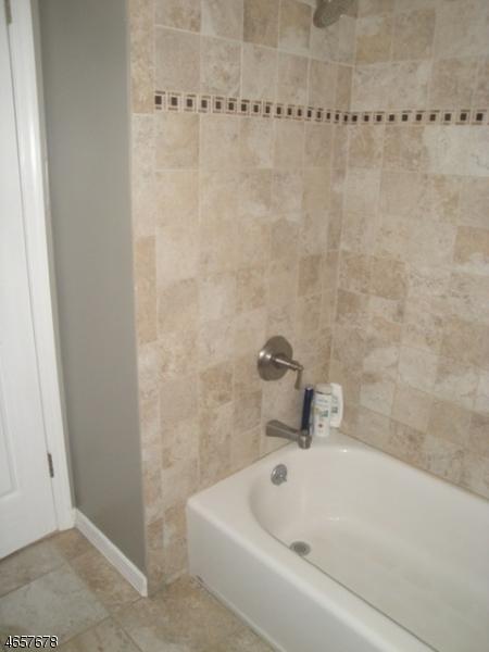 Additional photo for property listing at 6 Stockton Court  莫里斯平原, 新泽西州 07950 美国