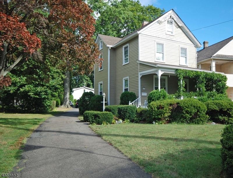 独户住宅 为 销售 在 434 S Maple Avenue 格伦洛克, 07452 美国