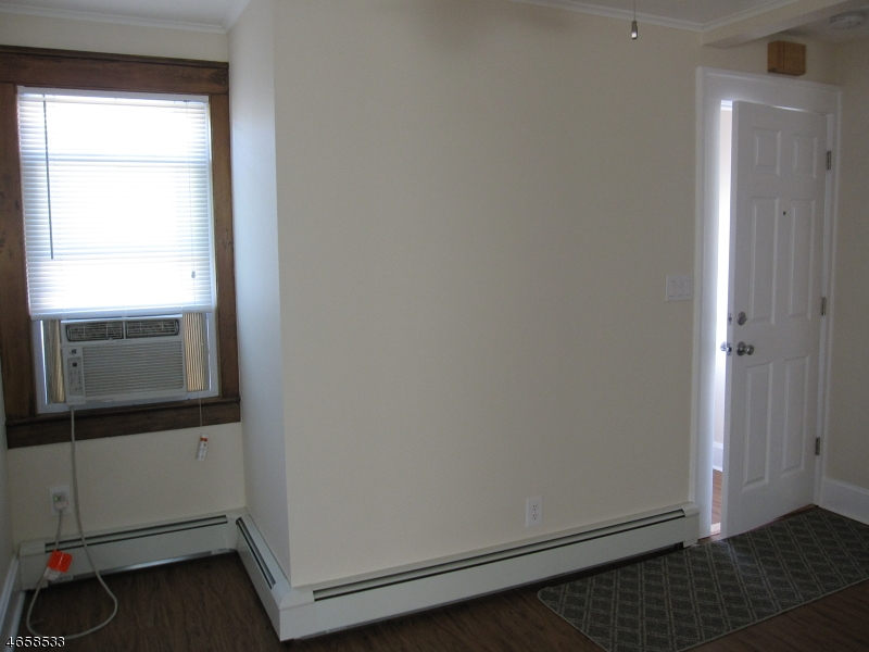 Additional photo for property listing at 165 NEW Street  Woodland Park, New Jersey 07424 États-Unis