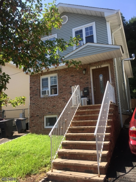 Additional photo for property listing at 336 Elizabeth Street  Orange, New Jersey 07050 États-Unis