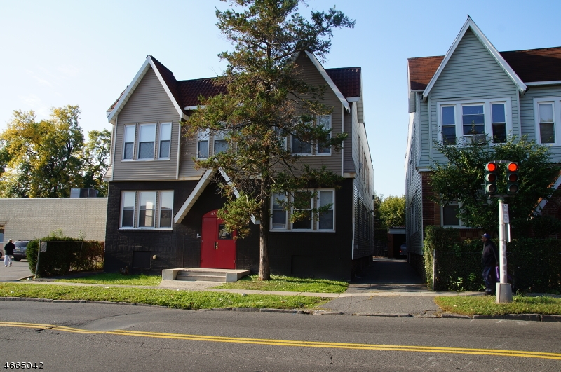 Additional photo for property listing at 407-9 SPRINGDALE Avenue  East Orange, Нью-Джерси 07017 Соединенные Штаты