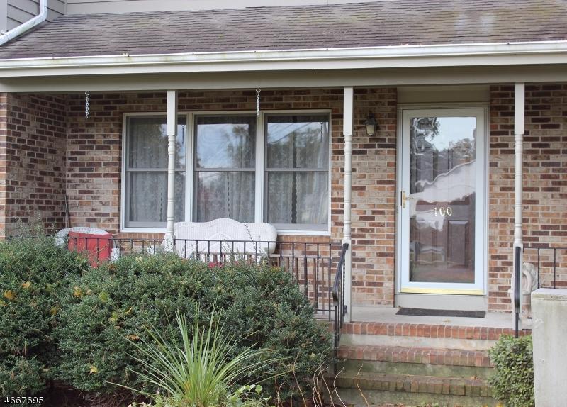 Частный односемейный дом для того Продажа на 100 Lincoln Park Road Pequannock, Нью-Джерси 07440 Соединенные Штаты