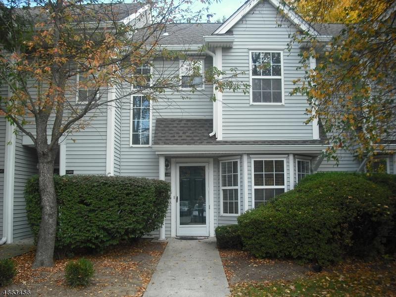 Частный односемейный дом для того Аренда на 5509 Tudor Drive Pompton Plains, Нью-Джерси 07444 Соединенные Штаты