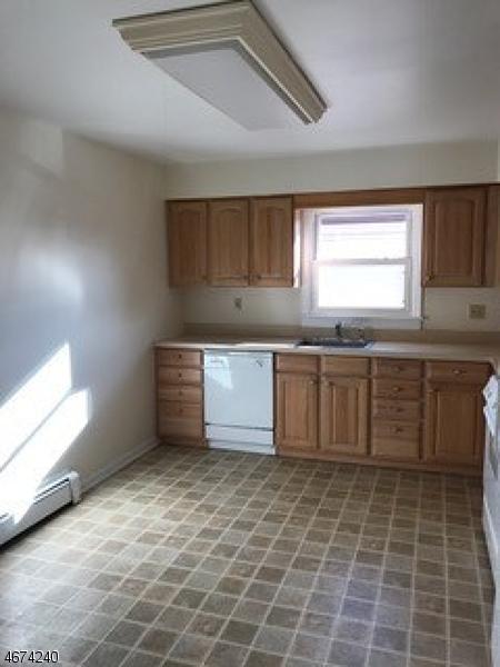 Частный односемейный дом для того Аренда на 397 Chestnut Street Union, 07083 Соединенные Штаты