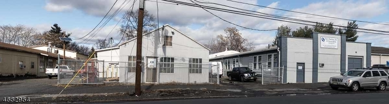 Commercial for Sale at 131 Lincoln Blvd Middlesex, New Jersey 08846 United States
