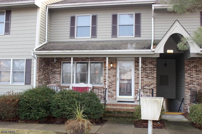 Частный односемейный дом для того Продажа на 100 Lincoln Park Road Pequannock, 07440 Соединенные Штаты