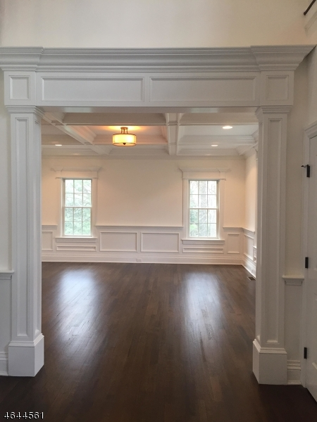 Additional photo for property listing at 107 Highland Avenue  查塔姆, 新泽西州 07928 美国