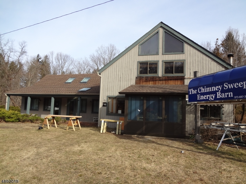 Commercial for Sale at 2940 State Route 23 South Newfoundland, New Jersey 07435 United States