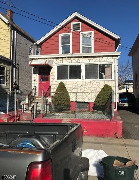 Einfamilienhaus für Verkauf beim 310 MONTGOMERY Street 310 MONTGOMERY Street Passaic, New Jersey 07055 Vereinigte Staaten