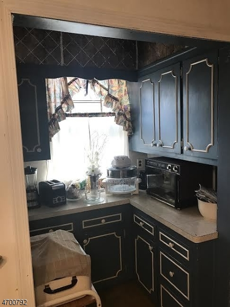 Additional photo for property listing at 34-36 LONGFELLOW Avenue  Newark, Nueva Jersey 07106 Estados Unidos