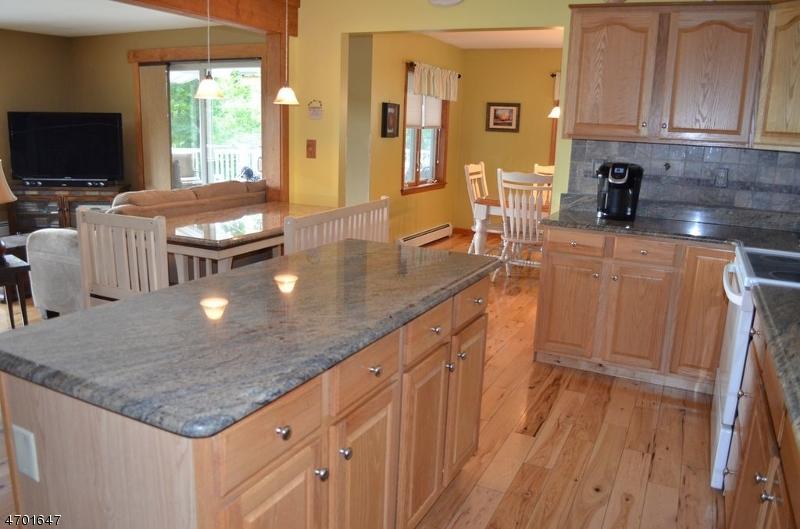 Maison unifamiliale pour l Vente à 9 Cole Haven Ter W Montague, New Jersey 07827 États-Unis
