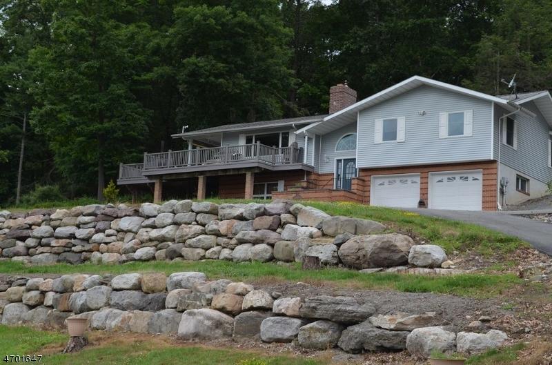 独户住宅 为 销售 在 9 Cole Haven Ter W Montague, 新泽西州 07827 美国