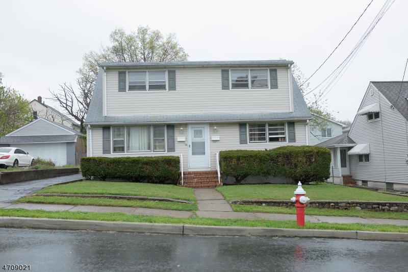 Multi-Family Home for Sale at 187 Phillips Avenue Elmwood Park, 07407 United States