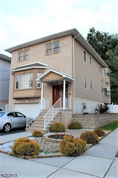 Single Family Home for Sale at 483 Chestnut Street Kearny, New Jersey 07032 United States
