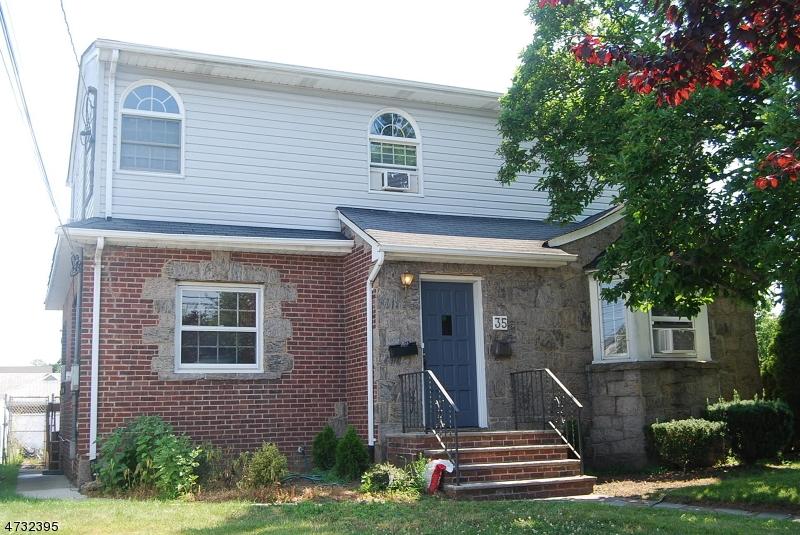独户住宅 为 出租 在 35 Monroe Street Lodi, 新泽西州 07644 美国