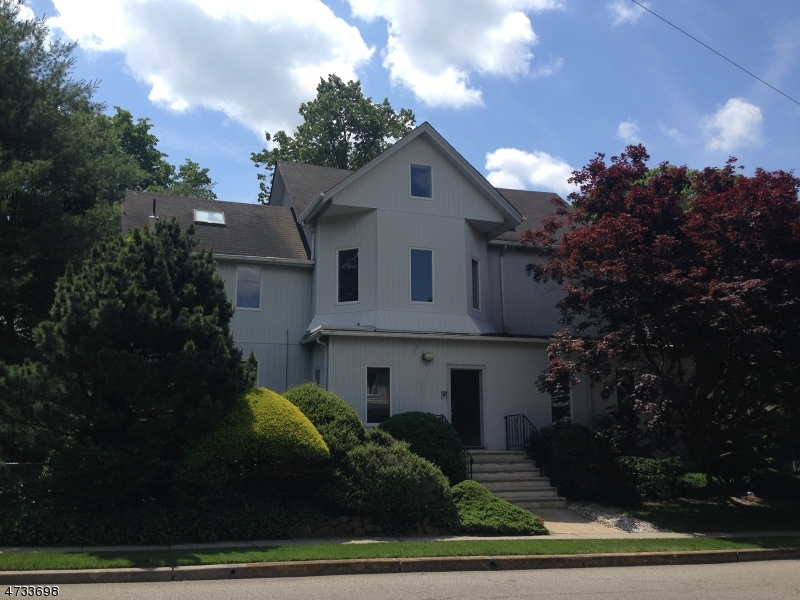 Commercial for Sale at 81 Franklin Tpke Waldwick, New Jersey 07463 United States