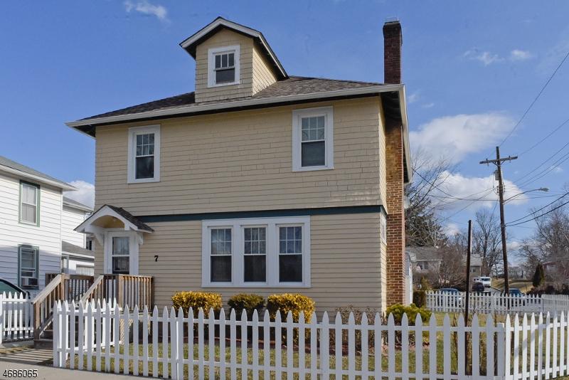 Casa Multifamiliar por un Venta en 7 S Prospect Street Washington, Nueva Jersey 07882 Estados Unidos