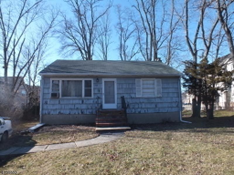 Частный односемейный дом для того Аренда на 42 Boulevard Road Cedar Knolls, Нью-Джерси 07927 Соединенные Штаты