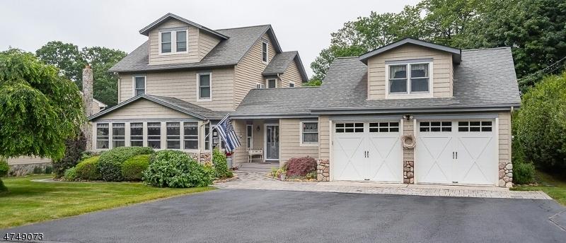 Частный односемейный дом для того Аренда на 24 Earl Street Denville, Нью-Джерси 07834 Соединенные Штаты