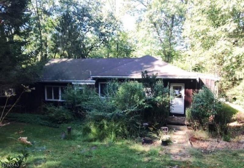 Частный односемейный дом для того Продажа на 7 Lower Sunset Ter Washington, Нью-Джерси 07853 Соединенные Штаты