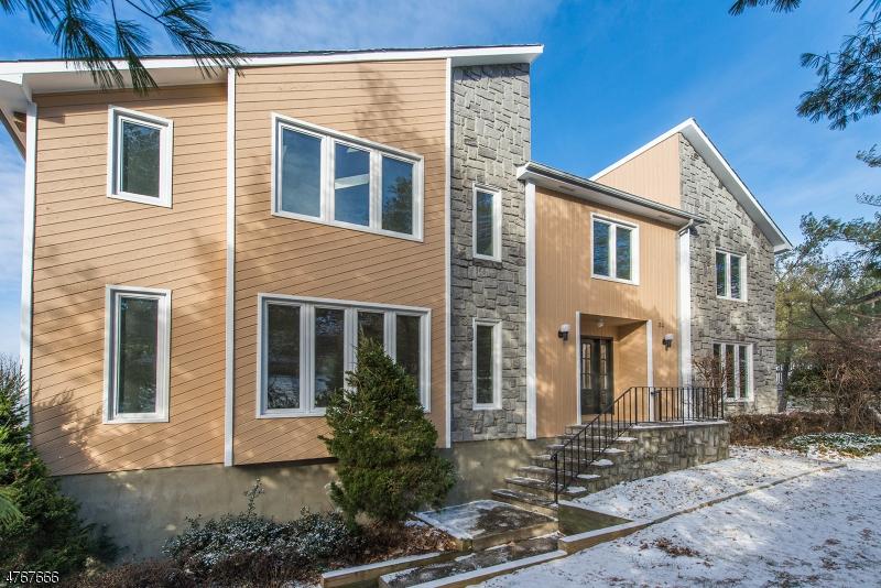 Частный односемейный дом для того Продажа на 24 Weston Place Woodland Park, Нью-Джерси 07424 Соединенные Штаты