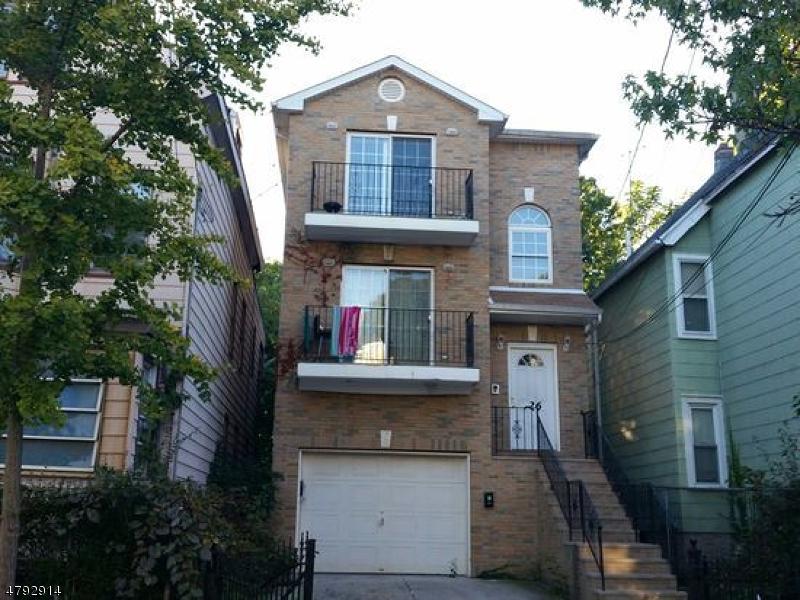 多戶家庭房屋 為 出售 在 726 S 15th Street Newark, 新澤西州 07103 美國