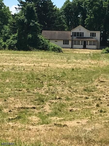 Casa Unifamiliar por un Venta en 271 HORSENECK Road Fairfield, Nueva Jersey 07004 Estados Unidos