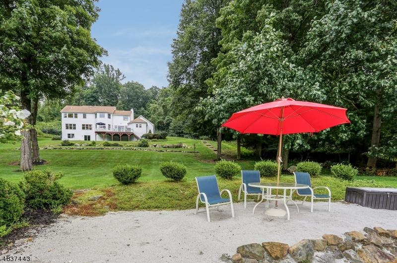 Villa per Vendita alle ore 4 HIGHLAND Court Andover, New Jersey 07860 Stati Uniti