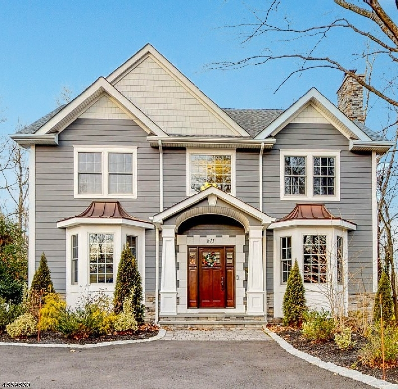 Single Family Home for Sale at 511 FRANKLIN AVE 511 FRANKLIN AVE Wyckoff, New Jersey 07481 United States