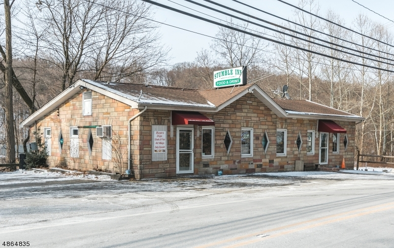 Commercial for Sale at 231 Hamburg Tpk Bloomingdale, New Jersey 07403 United States