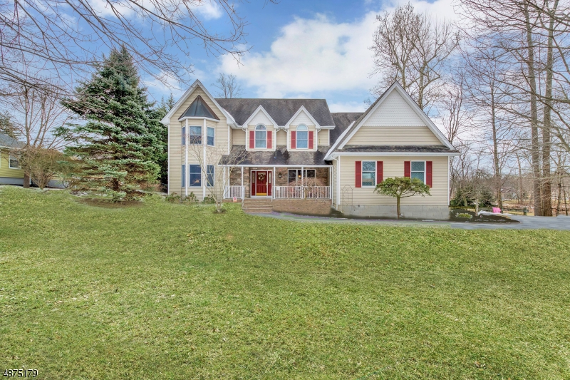 Single Family Home for Sale at 18 BROOK Avenue Montvale, New Jersey 07645 United States