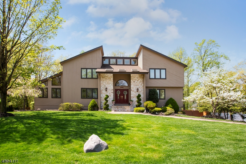 Single Family Home for Sale at Cedar Grove, New Jersey 07009 United States