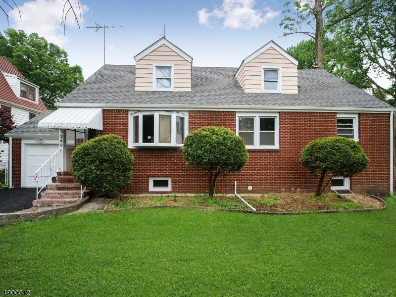 single family homes per Vendita alle ore Roselle, New Jersey 07203 Stati Uniti