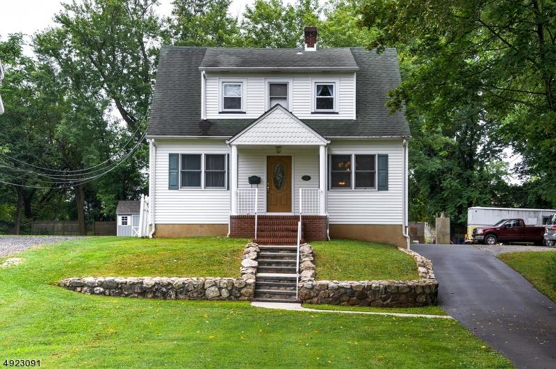 Single Family Homes för Försäljning vid Somerville, New Jersey 08876 Förenta staterna
