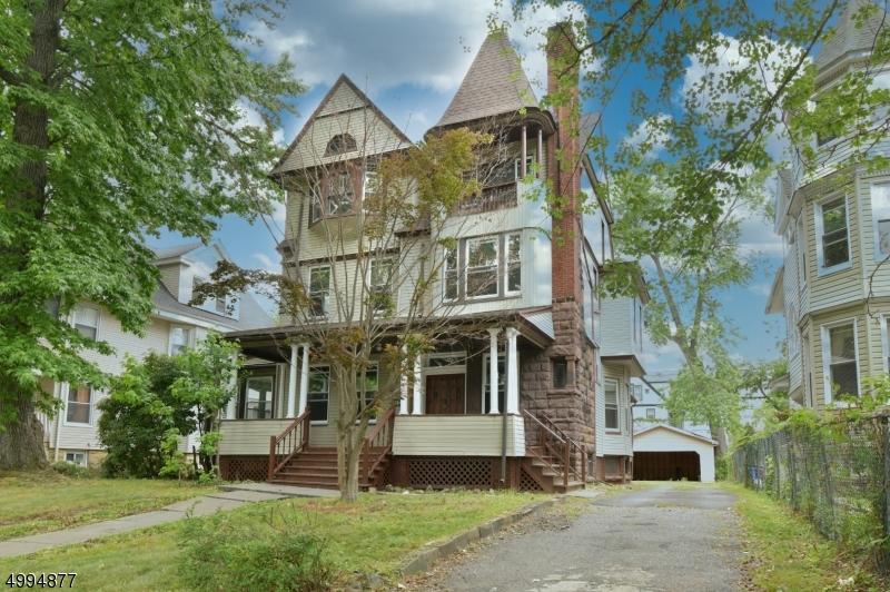 Single Family Homes için Satış at East Orange, New Jersey 07018 Amerika Birleşik Devletleri