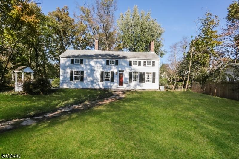 Single Family Homes için Satış at Bound Brook, New Jersey 08805 Amerika Birleşik Devletleri