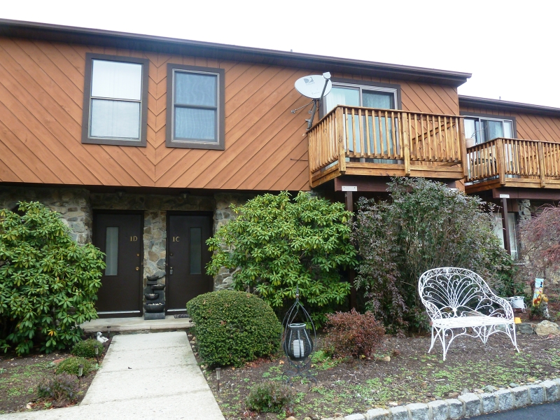 Single Family Home for Sale at 1C BROOKSIDE HTS Wanaque, 07465 United States