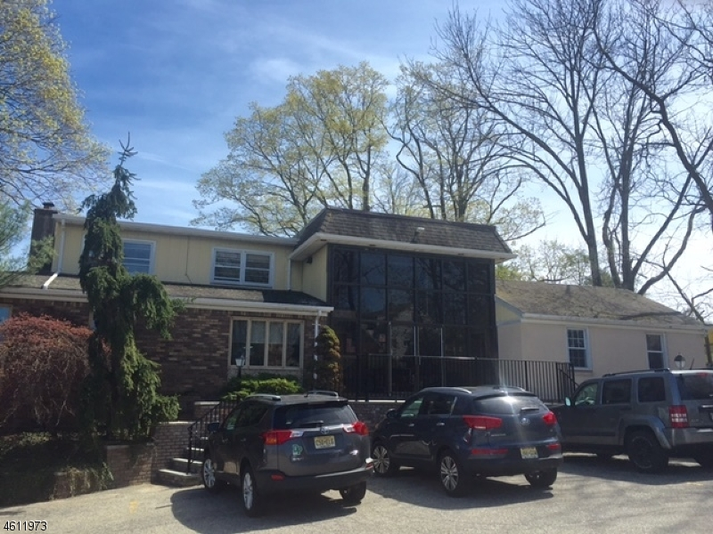 Commercial for Sale at 1615 Hamburg Tpke Wayne, New Jersey 07470 United States