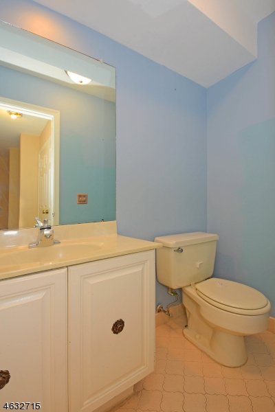 Additional photo for property listing at 151 Ticonderoga Ter  Wayne, New Jersey 07470 United States