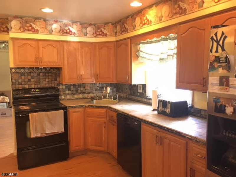 Additional photo for property listing at 4 Prospect Avenue  Budd Lake, New Jersey 07828 United States