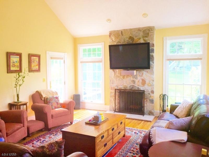 Additional photo for property listing at 1 Cricket Lane  Chester, Нью-Джерси 07930 Соединенные Штаты