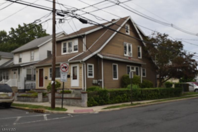 Maison avec plusieurs logements pour l Vente à 596 Buchanan Street Hillside, New Jersey 07205 États-Unis