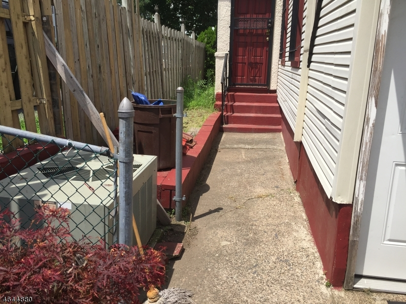 Additional photo for property listing at 135 E 18th Street  Paterson, New Jersey 07524 United States