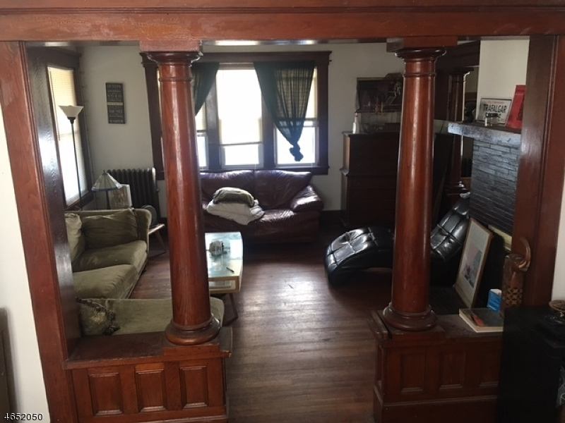 Additional photo for property listing at 113 Demott Avenue  Clifton, New Jersey 07011 États-Unis