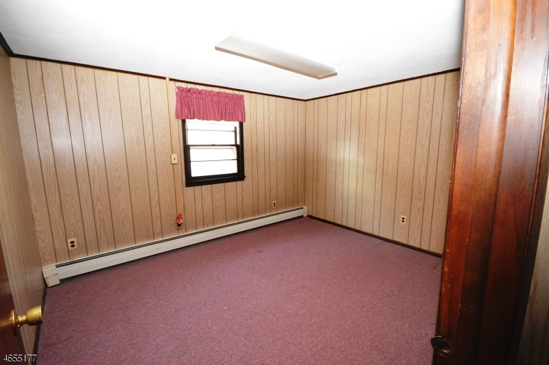 Additional photo for property listing at 41 Nelson Street  Clifton, Nueva Jersey 07013 Estados Unidos