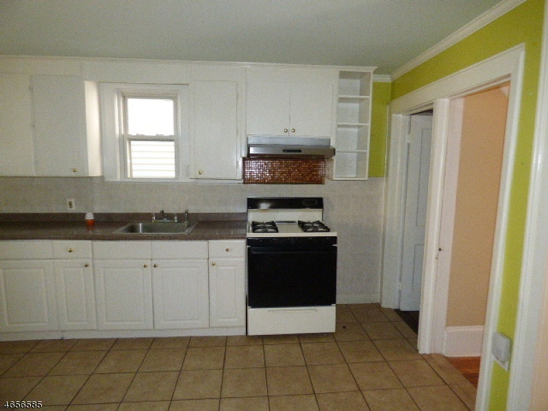 Additional photo for property listing at 159 N Sussex Street  Dover, New Jersey 07801 United States
