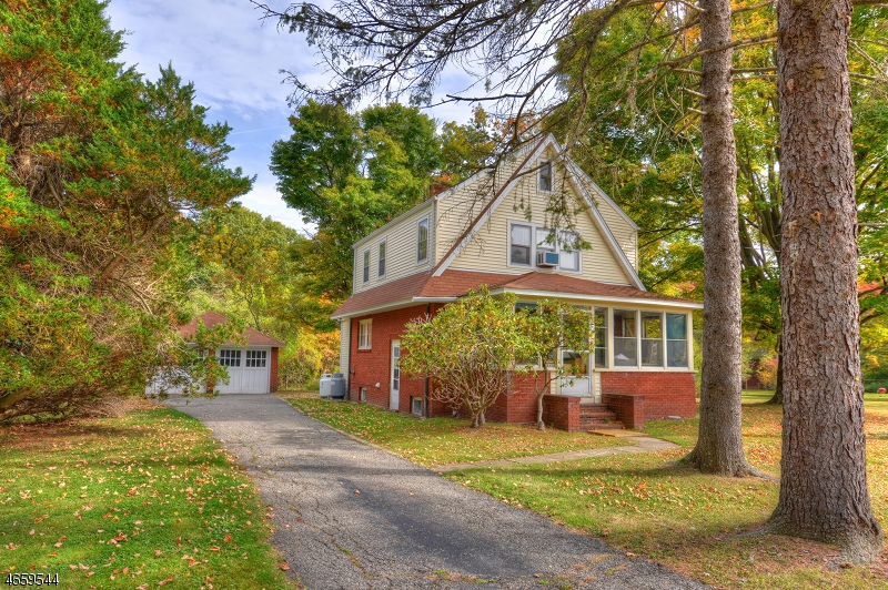 Additional photo for property listing at 808 Green Pond Road  Rockaway, 新泽西州 07866 美国