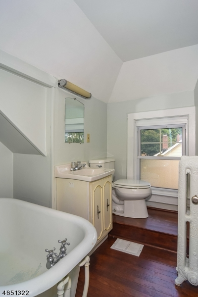 Additional photo for property listing at 38 Clinton Road  Glen Ridge, New Jersey 07028 United States