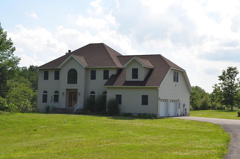Частный односемейный дом для того Продажа на 47 Old Creamery Road Newton, Нью-Джерси 07860 Соединенные Штаты