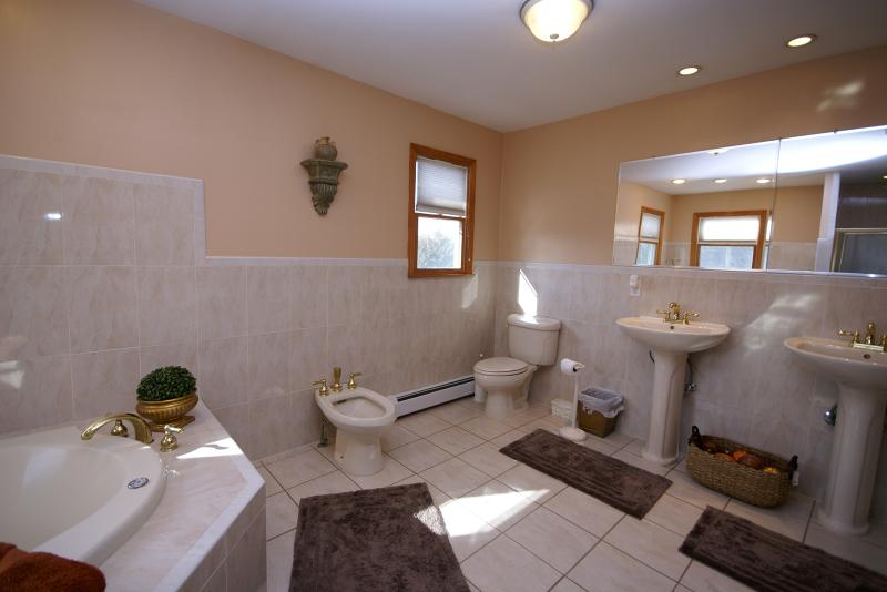 Additional photo for property listing at 47 Old Creamery Road  Newton, Нью-Джерси 07860 Соединенные Штаты